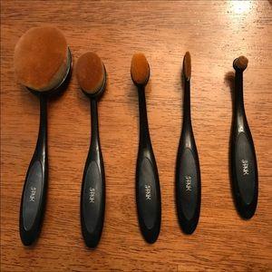 5 Oval Makeup Brush Set